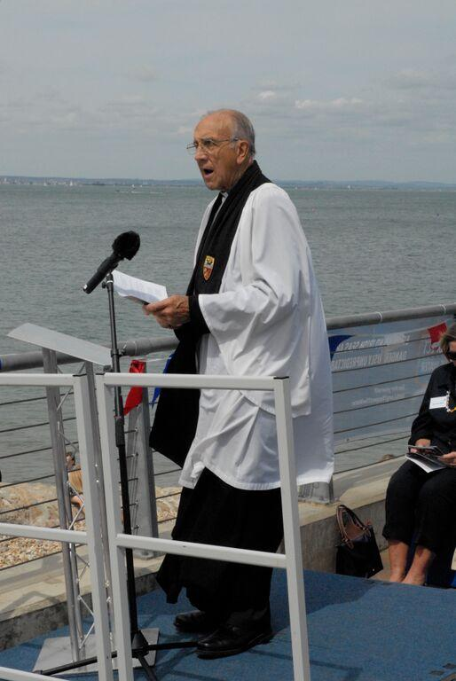 Canon David Low conducting the service of dedication