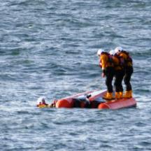 Capsize Training 19 May 2015 (4)