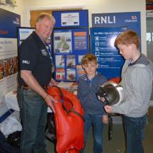 Lifejacket safety with Colin