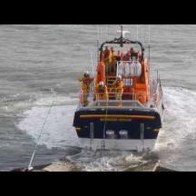 Embedded thumbnail for RNLB Alfred Albert Williams recovering 30th April 2017 (07:00)